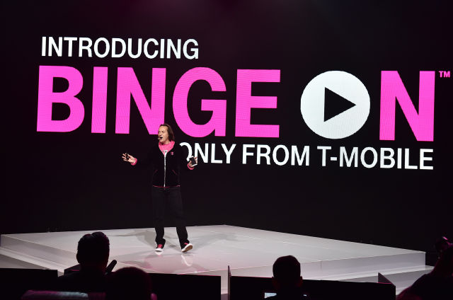 T-Mobile gives out free DirecTV Now, says AT&T is full of