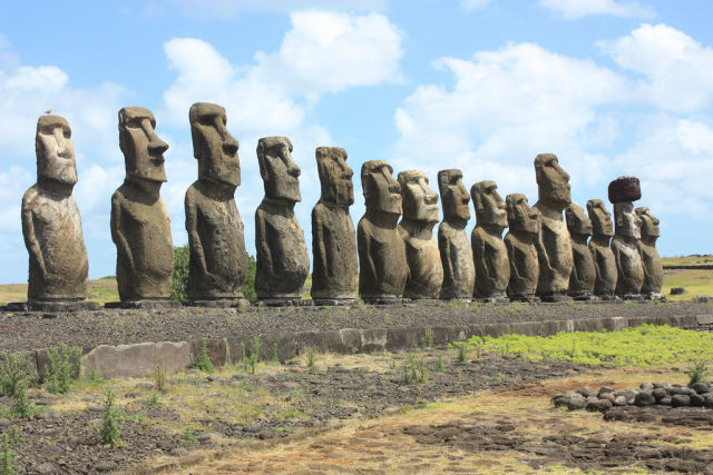 These moai on Easter Island were so imposing that Europeans couldn't believe they'd been created by just a couple thousand people.