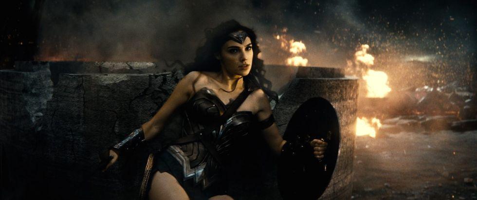 Wonder Woman kicks serious ass in her <em>Batman V Superman</em> scenes. Pity they're so brief.