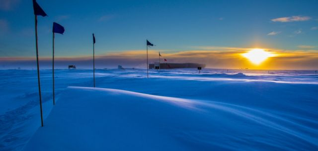 The Sun sets over the US South Pole station for the last time until this fall.