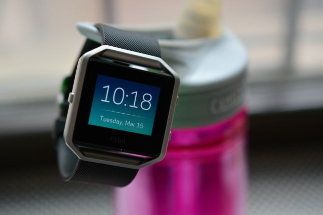 Fitbit Blaze, Alta devices sell over 1 million units each in first month