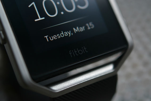 Fitbit Blaze reviewed: A totally unnecessary tracker with a few cool
