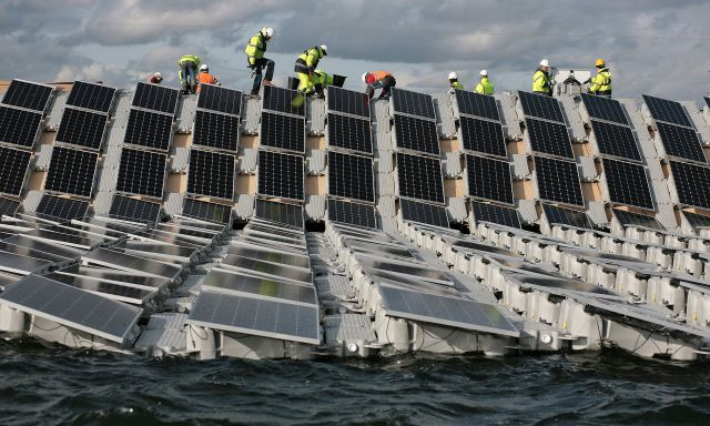 World S Largest Floating Solar Farm Prepares To Power Up