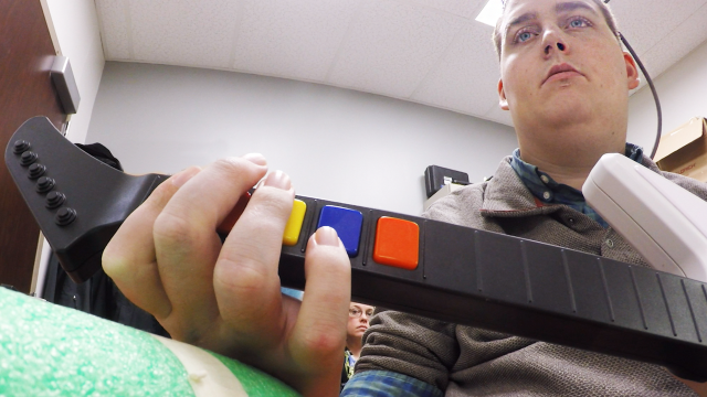 Using synthetic nervous system, paralyzed man is first to move again