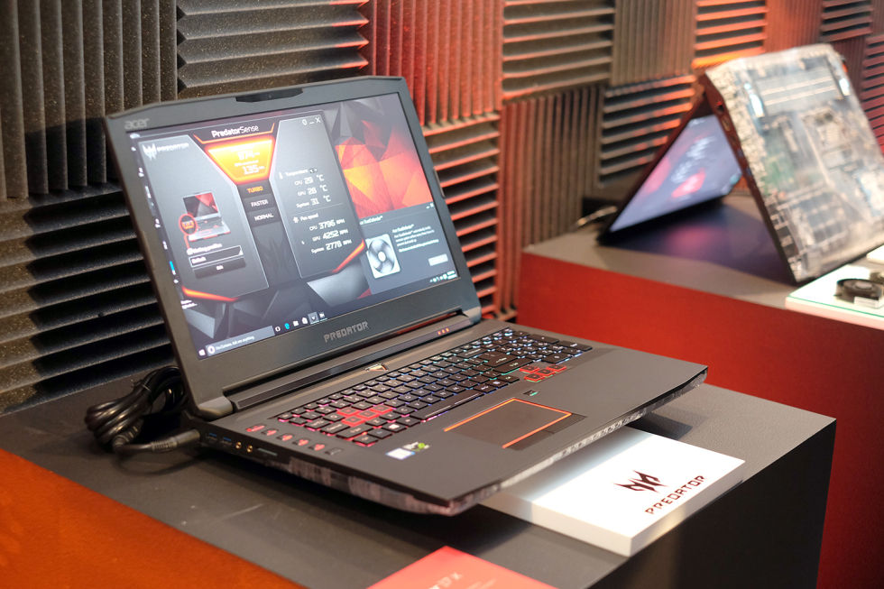 Acer Predator 17X with desktop-class GTX 980 graphics card is a beast