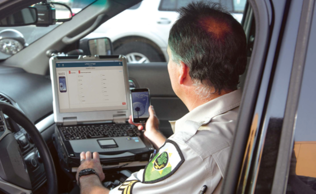 "First came the Breathalyzer, now meet the roadside police ""textalyzer"""
