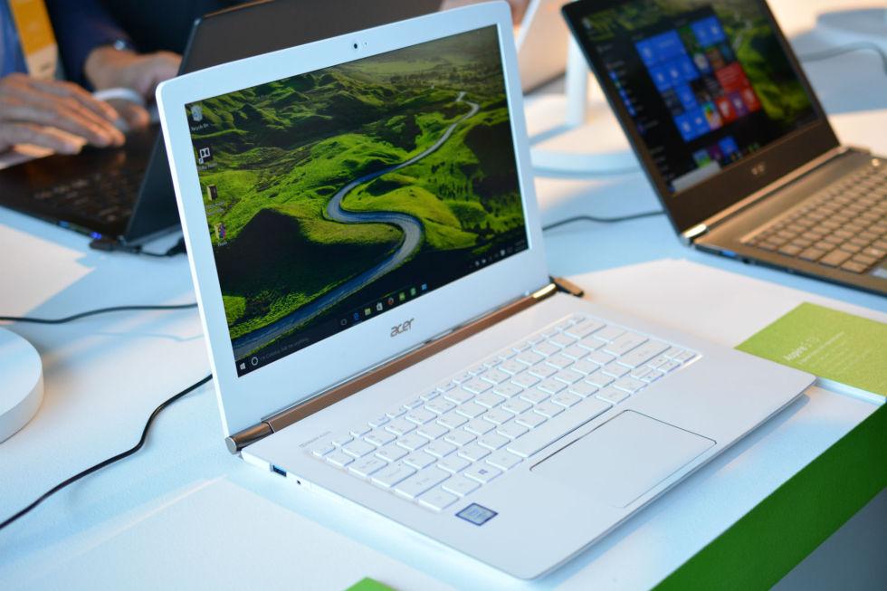 "Acer unveils a liquid-cooled laptop, simplified UI tablet for ""super-seniors"""