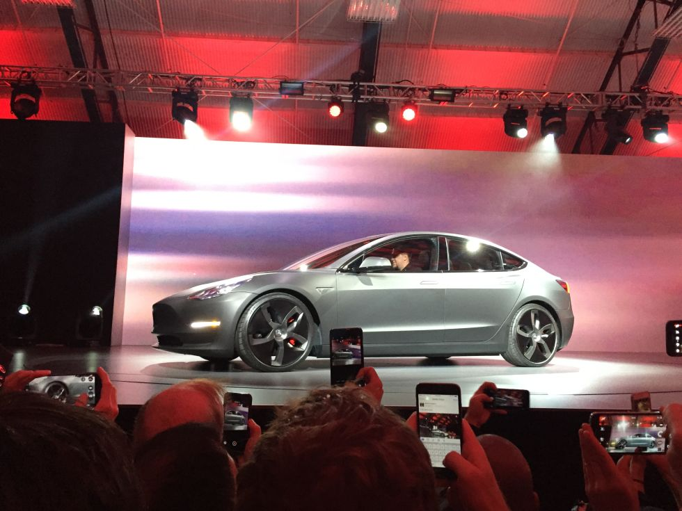 Tesla S Model 3 Is Here With A 215 Mile Range To Be Delivered In 2017 Updated