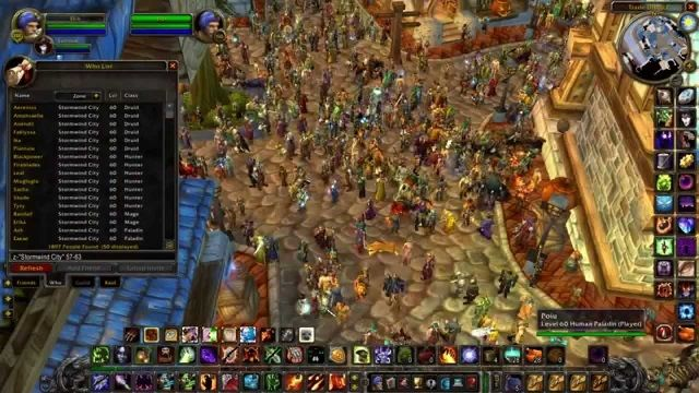 A scene from a crowded, early public stress test of the Nostalrius servers.