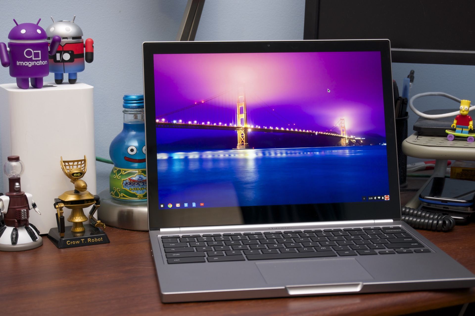 Older Chromebooks, including the original Pixel, won't run Android