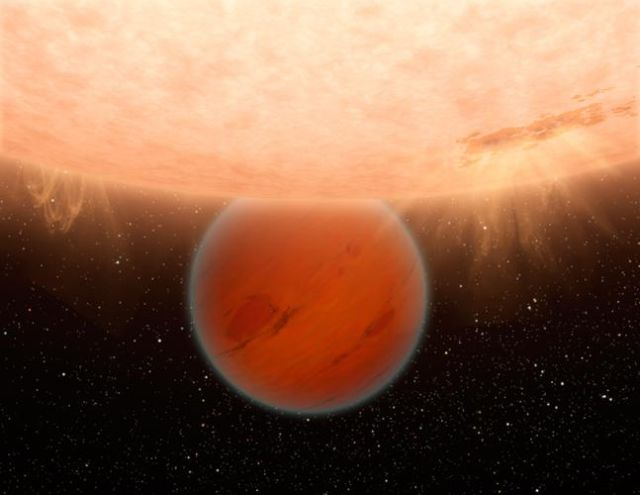 Artist's conception of a hot Neptune orbiting close to its host star. Kepler-223 has four such planets, all with orbital periods of less than 20 days. By contrast, Mercury's orbit takes 88 days.