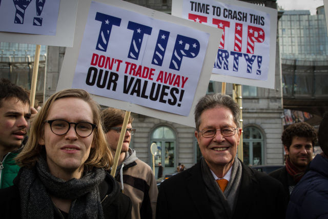 Politicians across the EU back away from TTIP after leak—but Cameron ploughs on