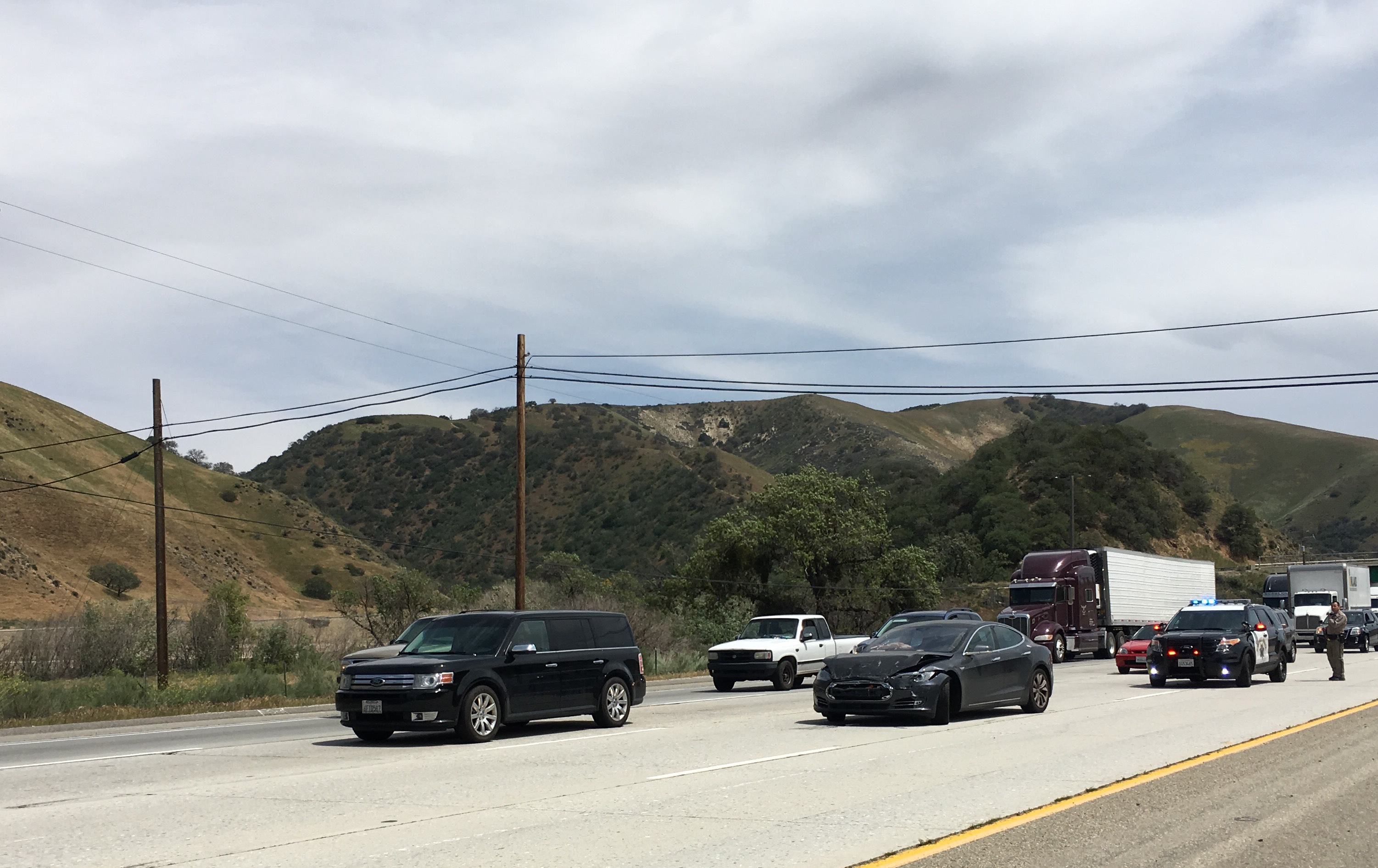 Arianna Simpson's Model S  after the crash outside Lebec, CA.