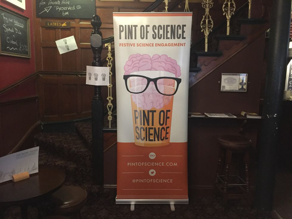 Pint of Science: Getting legless with arachnidbots and neural networks
