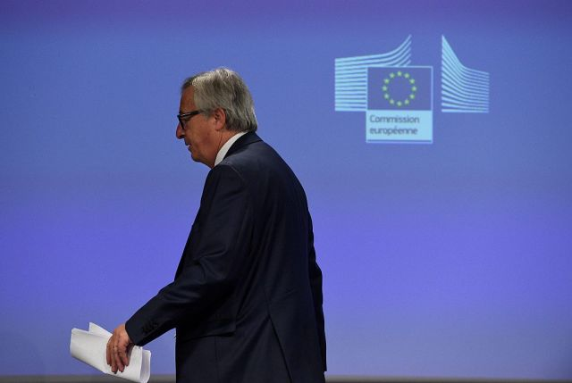Brexit in Brussels: Juncker's mic drop and political brexploitation