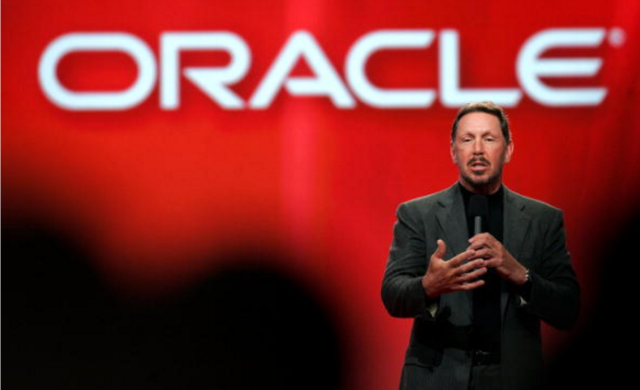 "<a href=""//arstechnica.com/information-technology/2014/09/larry-ellison-steps-down-as-oracle-ceo/"""">Former Oracle CEO Larry Ellison</a>, pictured here speaking at a conference in 2006, was one of many execs to take the stand in <em>Oracle v. Google.</em>"