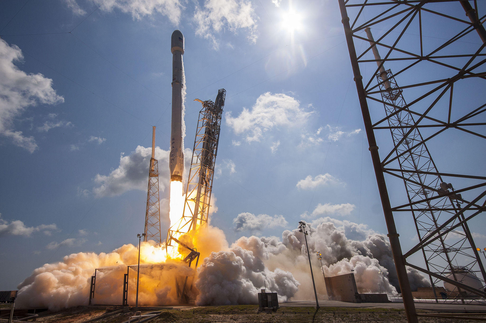 SpaceX's last mission, Eutelsat/ABS, launched on June 15, 2016.