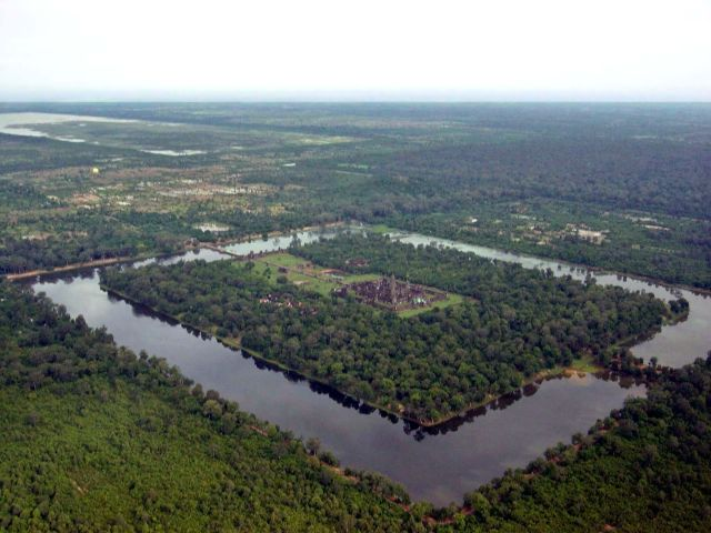 How archaeologists found the lost medieval megacity of Angkor | Ars