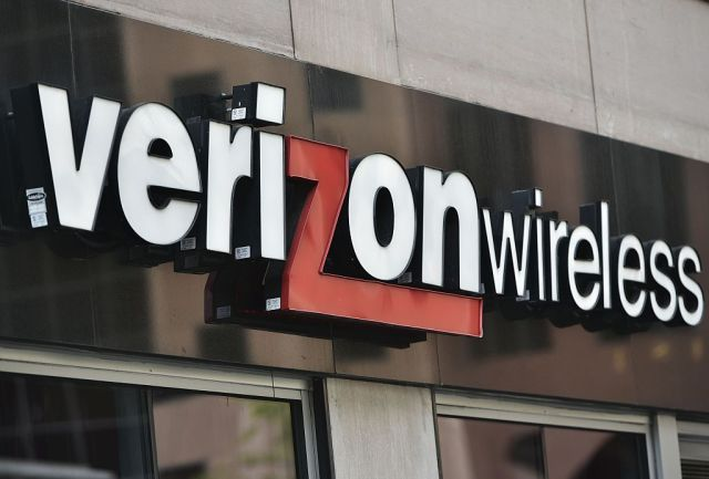 "Verizon raises upgrade fee to ""cover increased cost""—but its costs declined"
