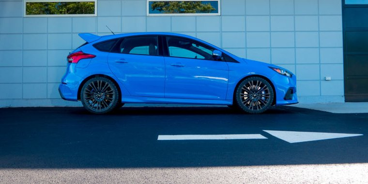 The Ford Focus Rs The Blue Oval S Best Is A Performance Car For The