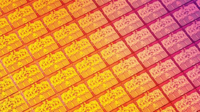 Intel will allow ARM chipmakers to use its 10nm manufacturing process