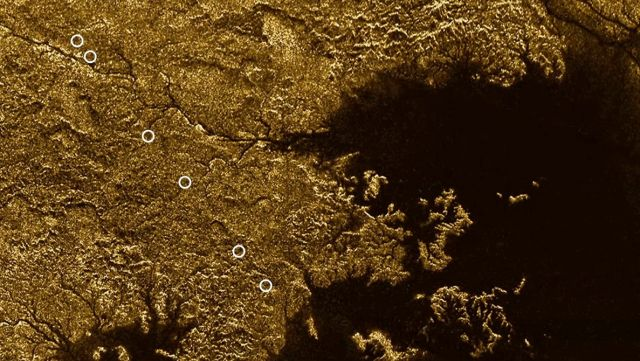 Titan appears to have steep gorges and rivers like the Nile