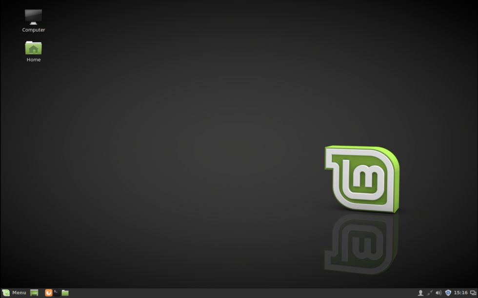 The default Cinnamon desktop in Linux Mint 18.