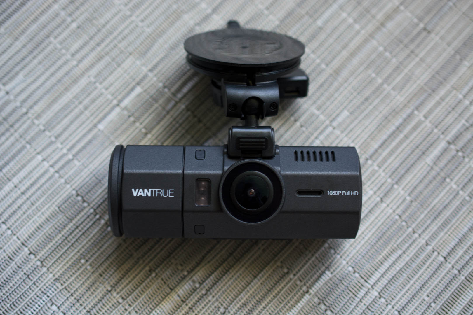 Guidemaster The Best Dash Cams Worthy Of A Permanent Place In Your Logitech Webcam C300 Wiring Diagram Vantrue N2