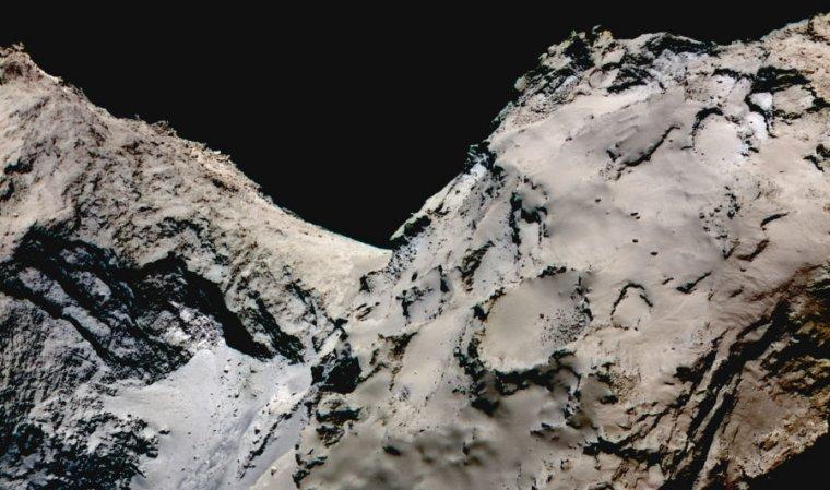 False-color image showing the smooth Hapi region connecting the head and body of comet 67P/Churyumov-Gerasimenko.
