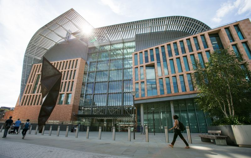 Francis Crick Institute: First scientists move into London's new jumbo lab