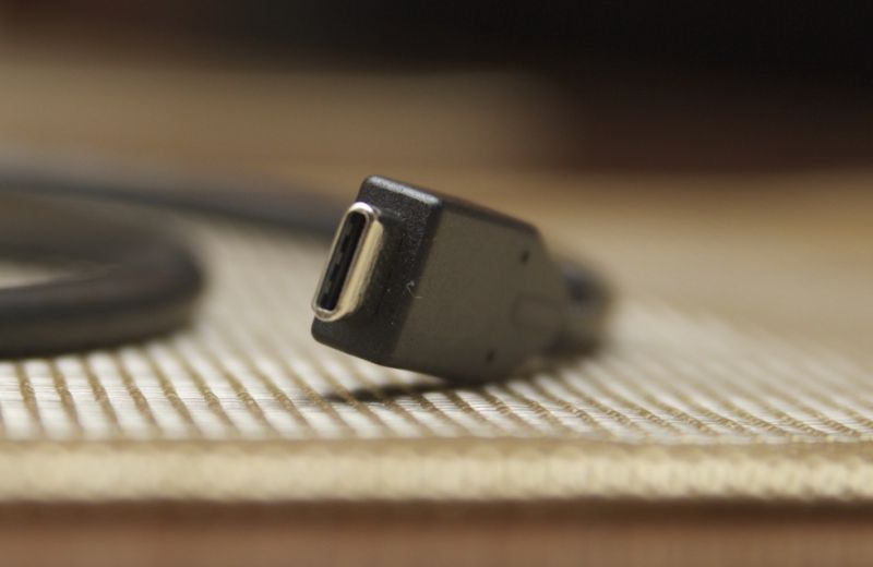 New USB Type-C to HDMI spec lets you ditch the dongle