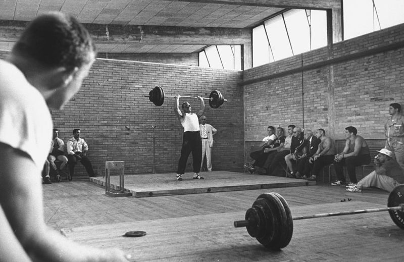 Some—like Russian Yuri Vlasov in 1960—impress friends with feats of physical strength. After mastering protocol analyzers, you'll wow the crowds with IT muscles instead.
