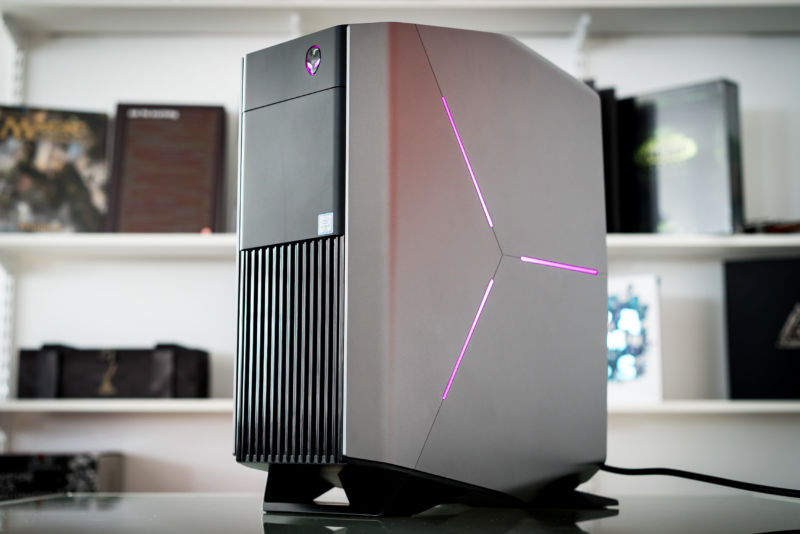 DSC00389 800x534 review alienware aurora proves not all prebuilt gaming pcs are alienware aurora r6 wiring diagram at honlapkeszites.co