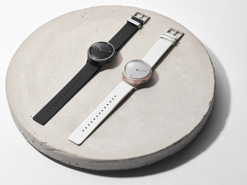 Misfit debutes first real timepiece, the Phase hybrid smartwatch