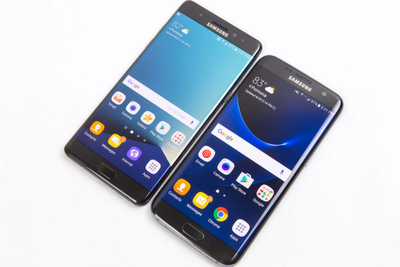The Galaxy Note 7 (left, recalled) and Galaxy S7 Edge (right, not recalled).