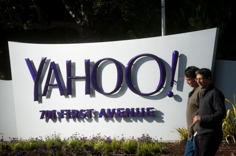 After Yahoo data breach, Verizon hints that it could pull out of $4.83B deal
