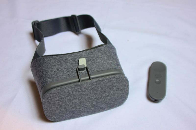 389781210e2 Google Daydream review  The fast-casual restaurant of the VR world ...