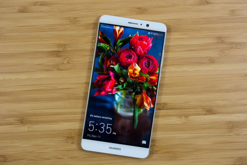 Huawei updates Mate 9 handsets with incomplete Alexa integration