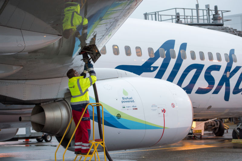 [Updated] Wood waste alcohol converted to jet fuel, used in Alaska Airlines test flight