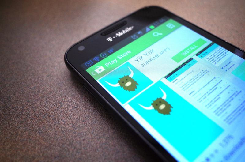 Yik Yak fires 30 of 50 employees, still has no business model