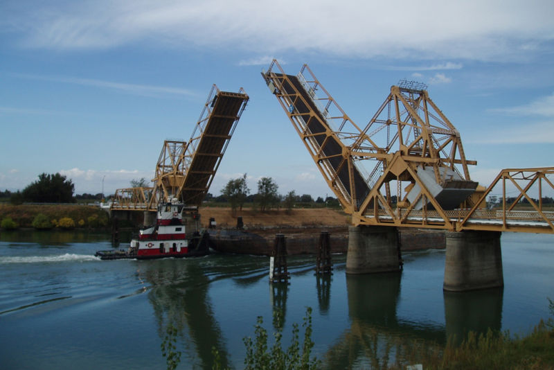 How an old Drawbridge helped Microsoft bring SQL Server to Linux