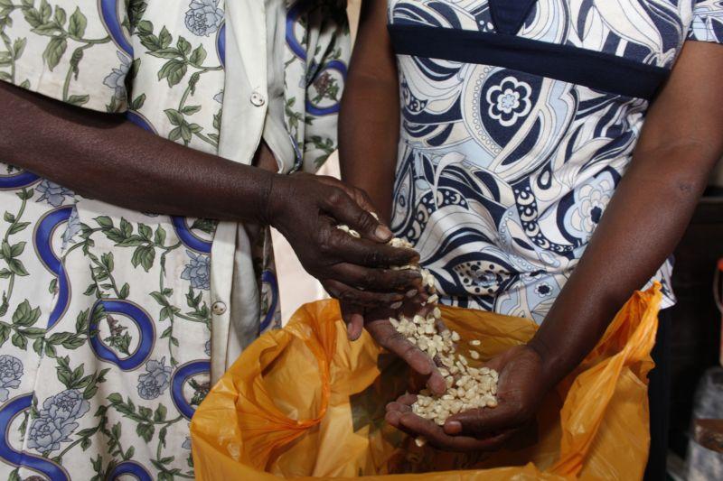 Food basket delivery provided by WOFAK (Women Fighting Aids in Kenya), Nairobi, Kenya.