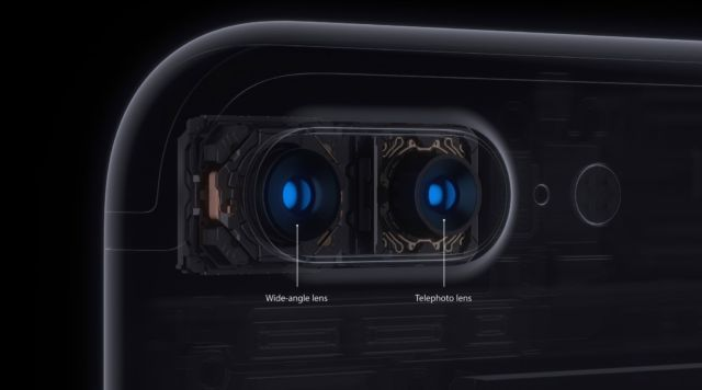 The iPhone 7 Plus' dual camera arrangement.