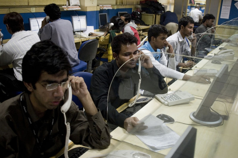 This is a call center in New Dehli, India, not the Phoenix 007 operation that was busted.