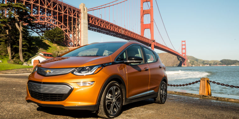 It's a really good car: Our first 100 miles in a 2017 Chevrolet Bolt