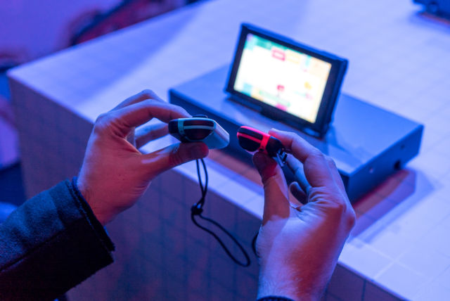 Hands-on with Nintendo Switch: Jack of all trades, master of some
