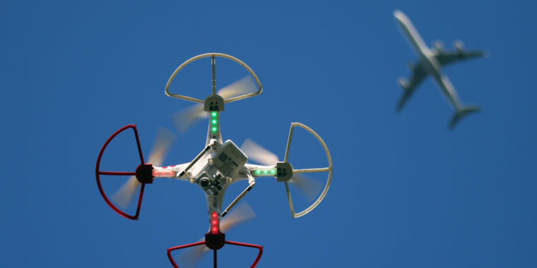 FAA finally sets rules for piloting small drones thumbnail