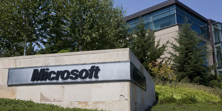 Two days after WCry worm, Microsoft decries exploit stockpiling by governments