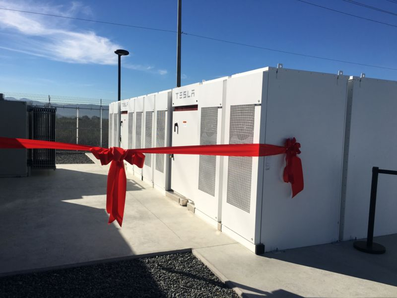 A collection of Powerpacks deliver 20MW/80MWh <a href=