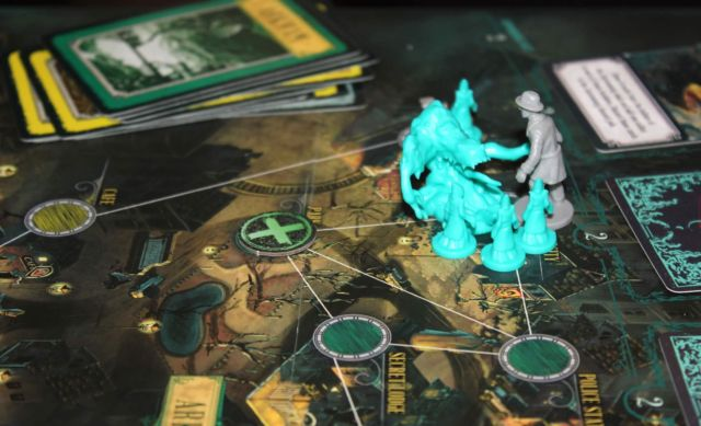 Our intrepid investigator approaches a shoggoth and some cultists.